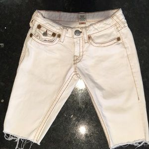 True religion off white Bermuda shorts